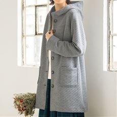 綿混素材のキルティングコート