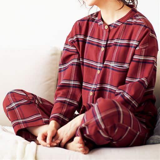 綿100%やわらかネルのスタンドカラーパジャマ