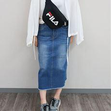 タイトデニムスカート
