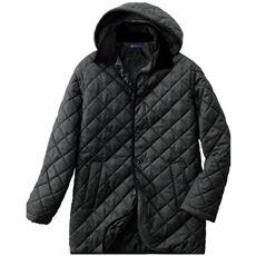 ジャケットがすっぽり隠れて温かな優秀丈!軽量仕立ての中わたキルトコート