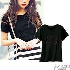 フラワーモチーフTシャツ