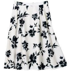 モノトーン花柄タックフレアスカート