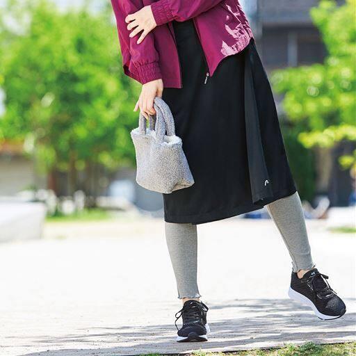 30%OFF! 【レディース】 ラップスカート(HEAD) ポーチ付き(防風・撥水) - セシール ■カラー:ブラック ■サイズ:M(64-70)