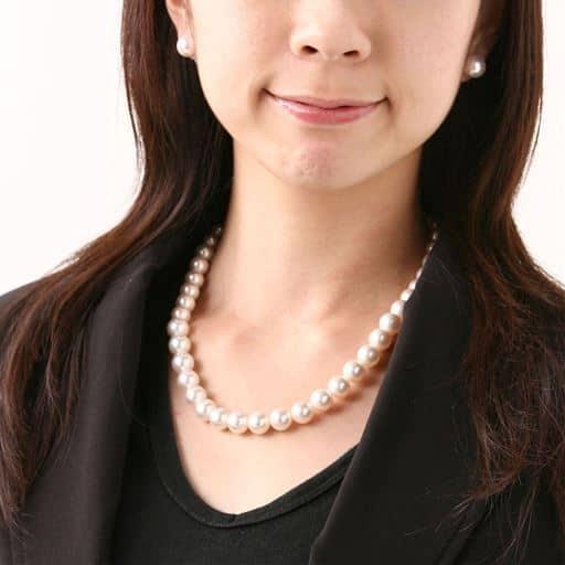 【レディース】 10mm花珠調貝パール ネックレスセット - セシール ■カラー:ホワイト ■サイズ:A(イヤリングセット),B(ピアスセット)