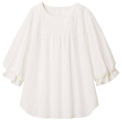 【大きいサイズ プランプ】分量感のある軽やかなボリューム袖が秋気分を盛り上げる!トレンド感の詰まったブラウスです。
