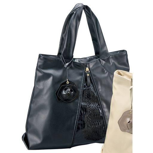 60%OFFコサージュ付き変形やわらかバッグ(フォーマル・卒業式・入学式) - セシール ■カラー:ブラック