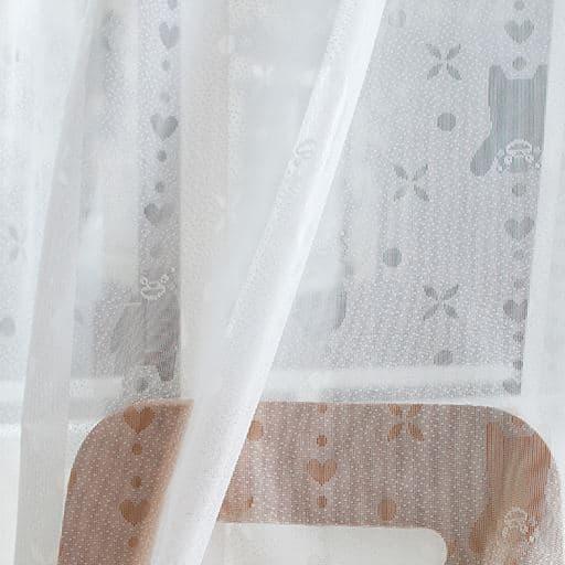 ゆるキャラくまモン柄ジャカードレースカーテン - セシール ■カラー:オフホワイト ■サイズ:幅100×丈133(2枚組),幅100×丈148(2枚組),幅100×丈176(2枚組),幅100×丈198(2枚組),幅100×丈228(2枚組),幅150×丈176(2枚組),幅150×丈198(2枚組)