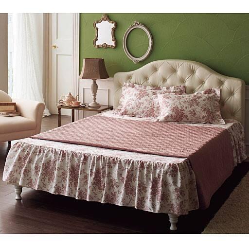 ハイバックレザー調ベッドの写真