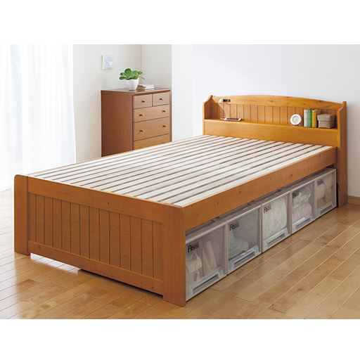 棚付きすのこベッドの写真