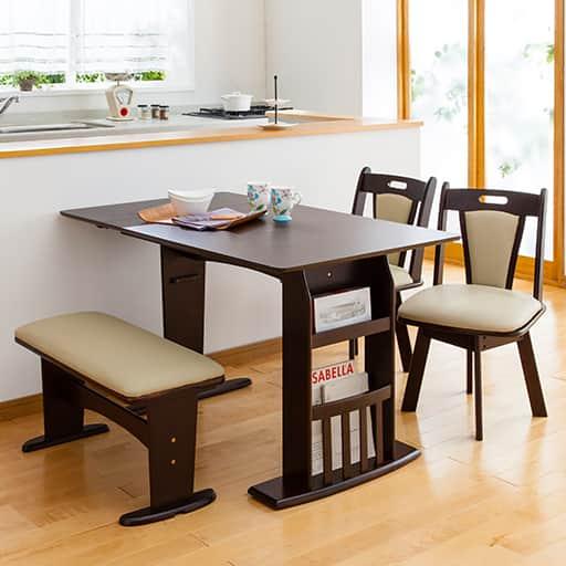 折りたたみダイニングテーブル・チェア・ベンチの写真