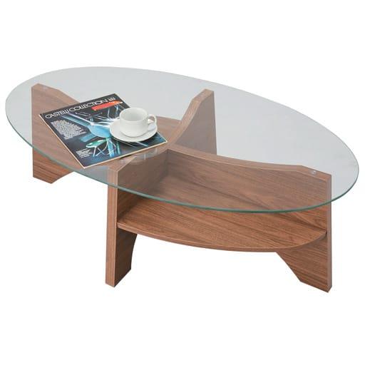 オーバルテーブルの写真