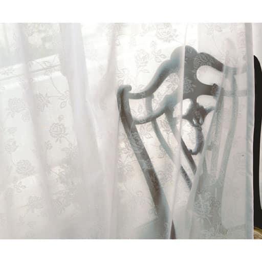 UVカット防炎ミラーレースカーテン ■カラー:オフホワイト ■サイズ:幅100×丈88(2枚組),幅100×丈108(2枚組),幅100×丈118(2枚組),幅100×丈133(2枚組),幅100×丈148(2枚組),幅100×丈168(2枚組),幅100×丈176(2枚組),幅100×丈183(2枚組),幅100×丈188(2枚組),幅100×丈193(2枚組),幅100×丈198(2枚組),幅の商品画像