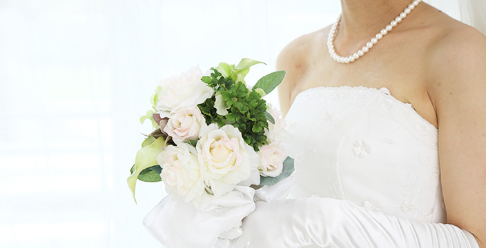 恥をかかない、かかせない!結婚式での服装マナーとルールをおさらい