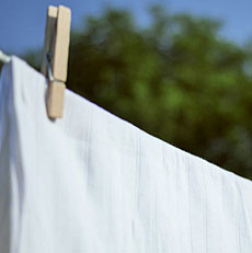 シーツの洗濯頻度はどれくらい?シーツの正しい交換・洗い方