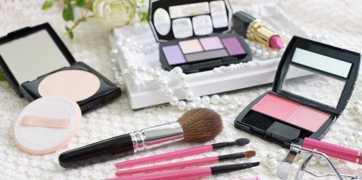 美人のヒケツは、化粧品収納から。時短メイクをかなえる 3ステップ
