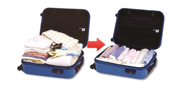 衣類圧縮袋が便利です。