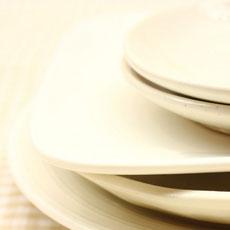 使いやすくスッキリ片付く。キッチン、冷蔵庫の収納術 8つのアイデア