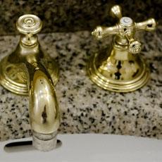家族の身を守る。トイレ、洗面所暖房 小さな空間を暖かくする工夫