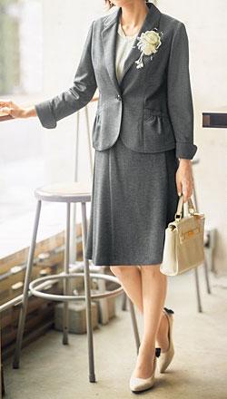 【男女別】おすすめのおしゃれなスーツ・人気ランキング