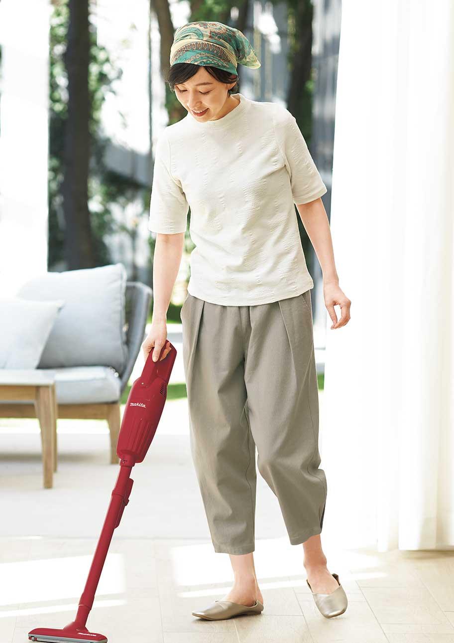 かわいいゆるシルエットのリラックスウエアでお掃除もはかどる!